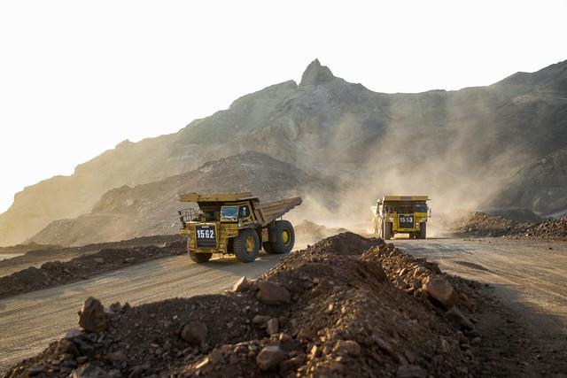تنها 50 درصد معادن آذربایجان غربی فعالند