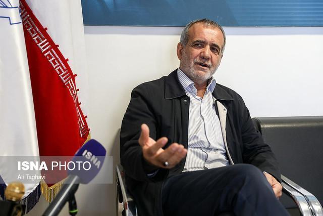 انتقاد نایب رئیس مجلس از سیاسی کاری