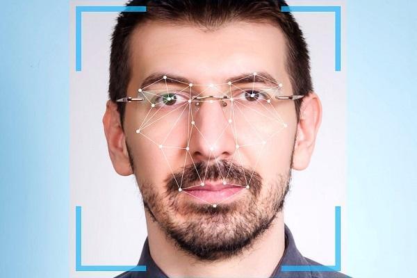 کوشش های فعالان حقوق بشر برای ممنوعیت استفاده از سیستم تشخیص چهره در آمریکا