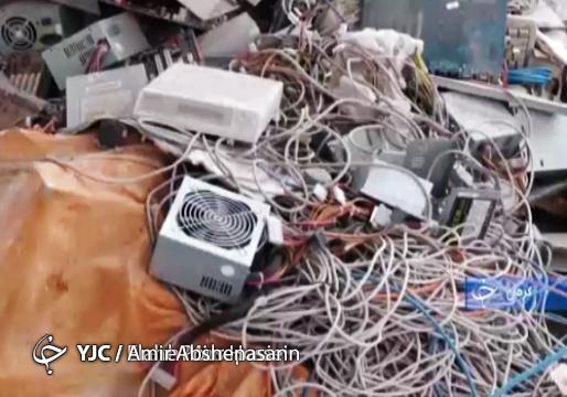 کارآفرینانی که زباله های الکترونیکی را به دستگاه هایی جدید با قابلیت های جذاب تبدیل می نمایند