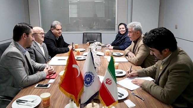 ایران و ترکیه در حوزه سرمایه گذاری مشترک برنامه ریزی کنند